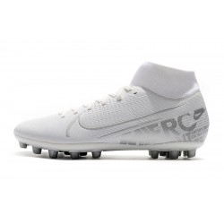 Chaussures de foot Crampons Nike Superfly VII Academy CR7 AG Blanc